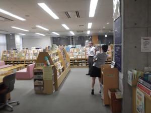 志木市志木小学校・いろは図書館・いろは遊学館150930 024